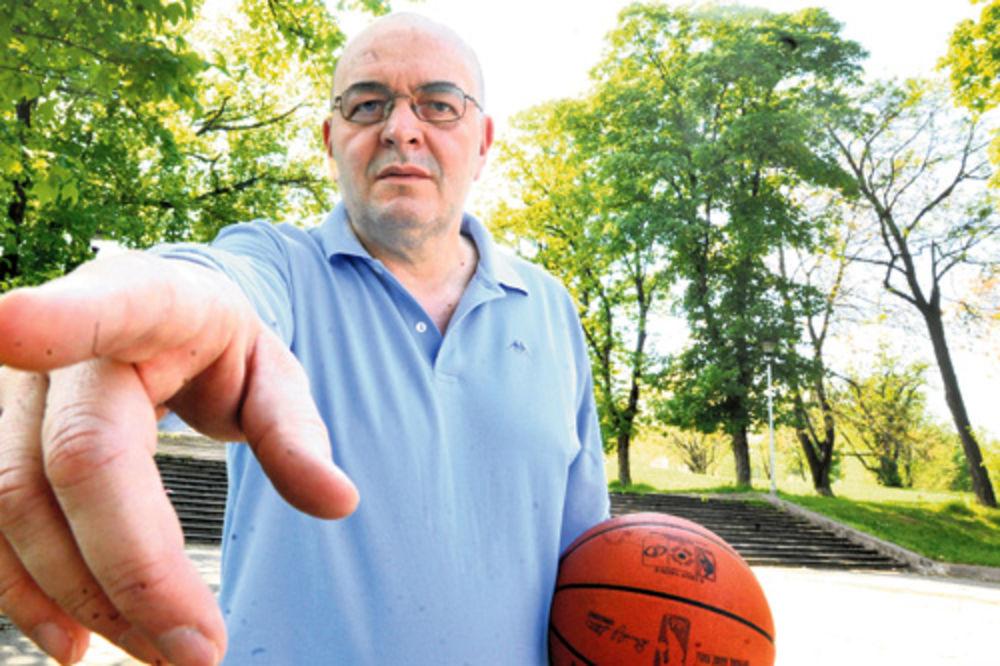 Duško Vujošević, Partizan, pojačanja, košarka