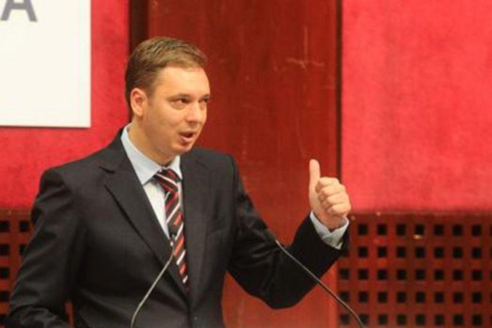 Vučić: Platićemo koliko treba da neko uzme Železaru!