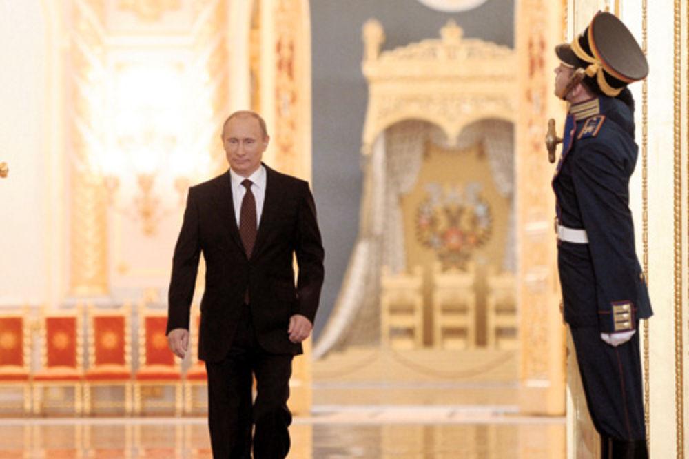 DVA VLADIMIRA PODIGLA SU VELIKU RUSKU NACIJU: Sada je red na Putina!