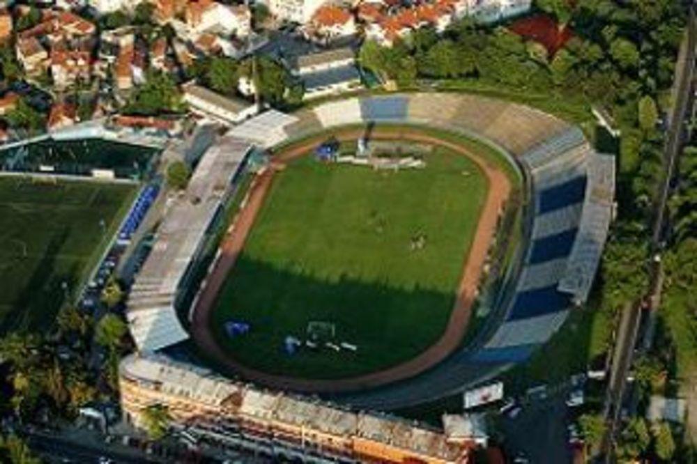 Stadion Karaburma