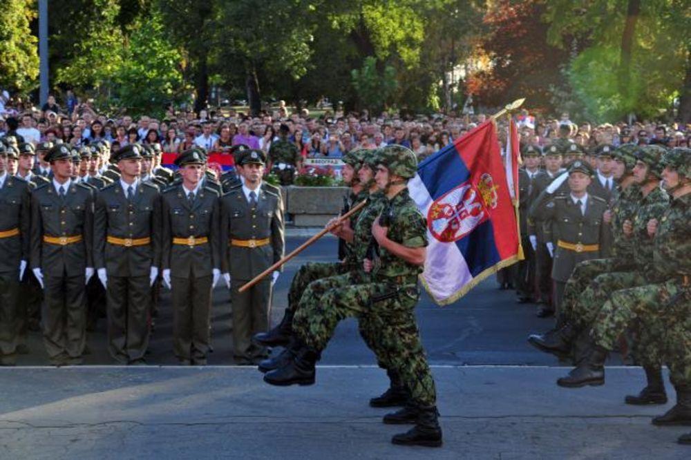 MARŠIRALA GARDA: Uspela generalna proba promocije novih oficira Vojske Srbije