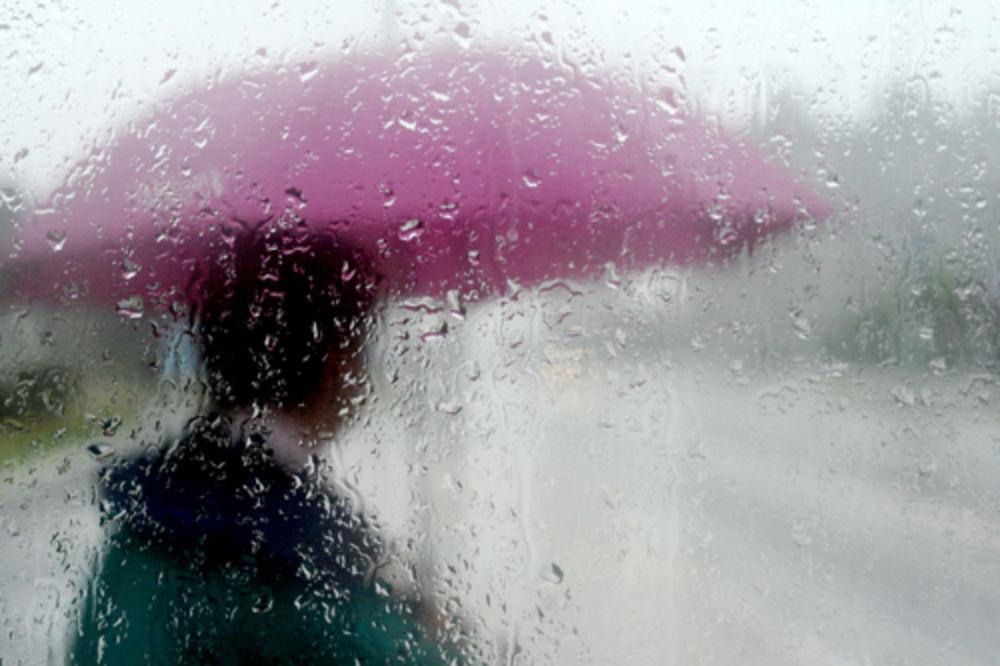 VRATILA SE ZIMA: Hladno uz jaku kišu i sneg