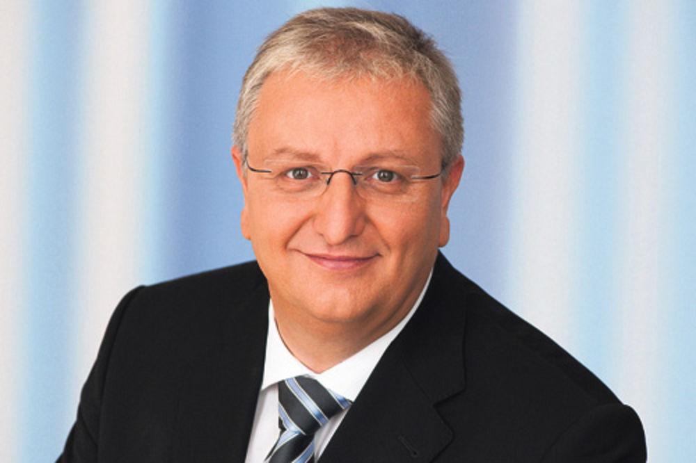 AUSTRIJANAC SUMNJIČAV: Ne verujem da su proruske snage oborile MH17!