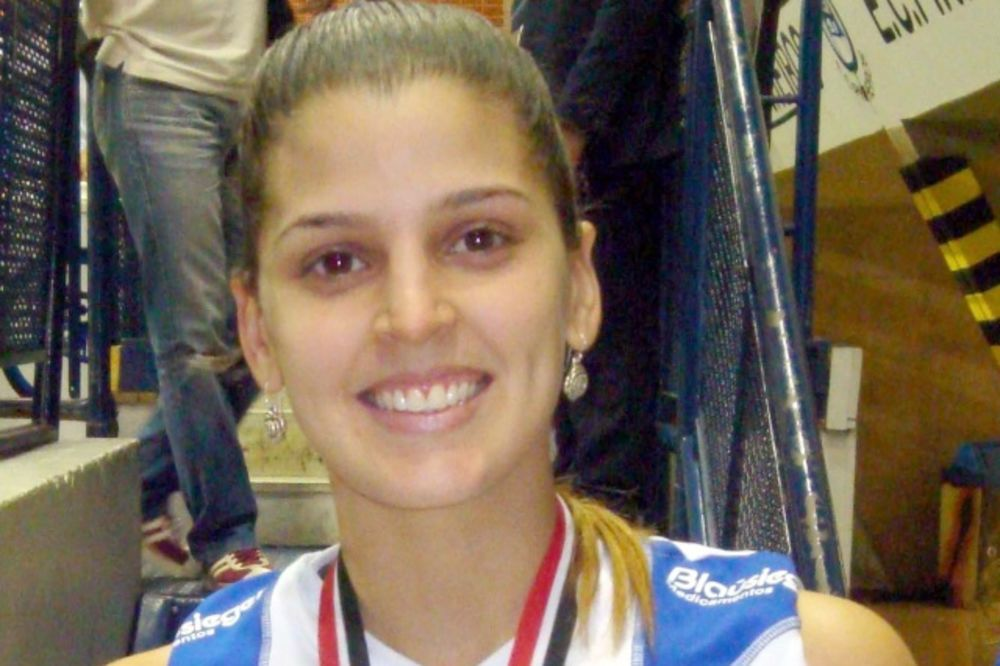VRELA BRAZILKA: Odbojkašica se razgolitila za Plejboj