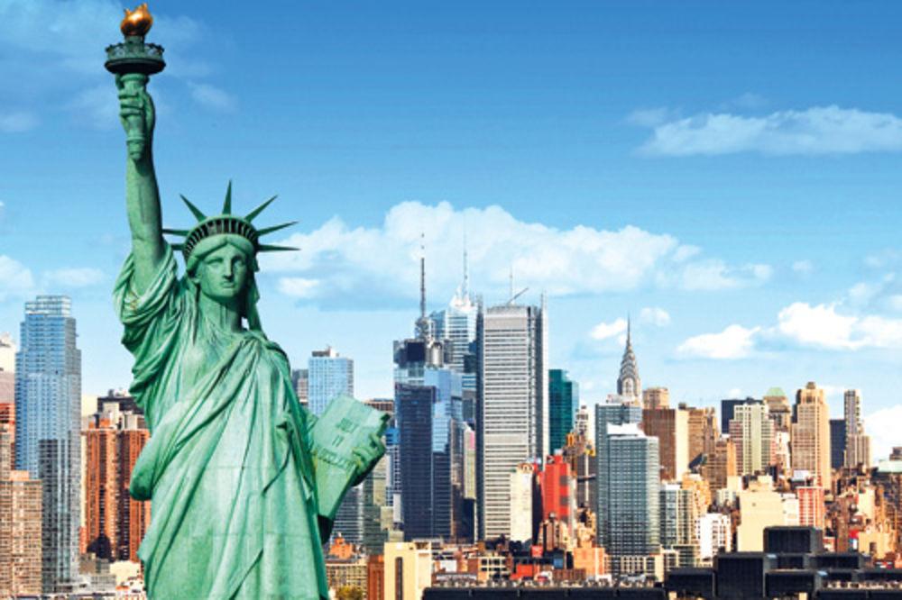 (VIDEO) PRETNJA BOMBOM: Evakuisan Kip slobode u Njujorku