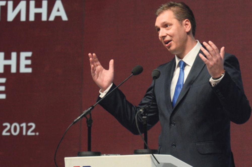 Analitičari: Vučiću ni seča plata ne smanjuje rejting