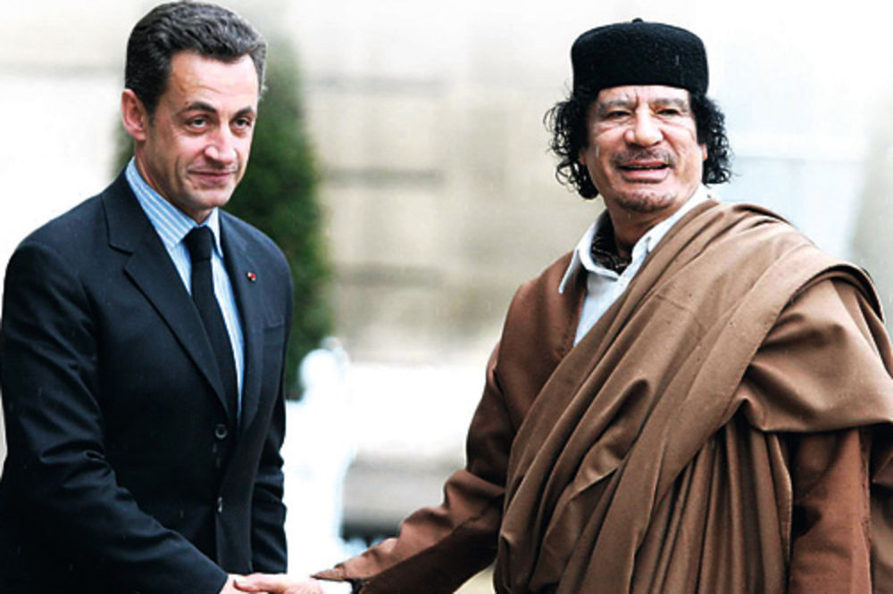 Finansirao Sarkozija, ovaj mu poslao bombe, Foto: AP