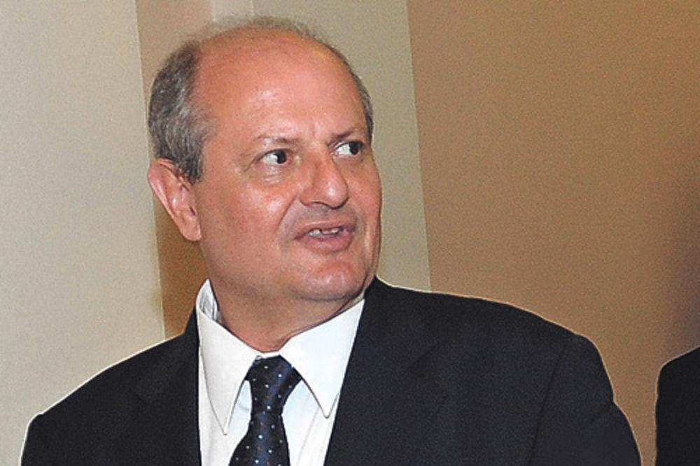 Šefu diplomatije Ivanu Mrkiću ne treba luksuzan stan