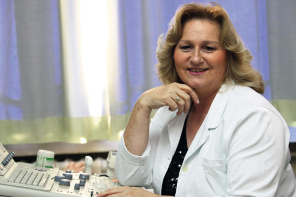 Dr Gojgić: Smešne situacije beležim da bih uveselila pacijente i prijatelje