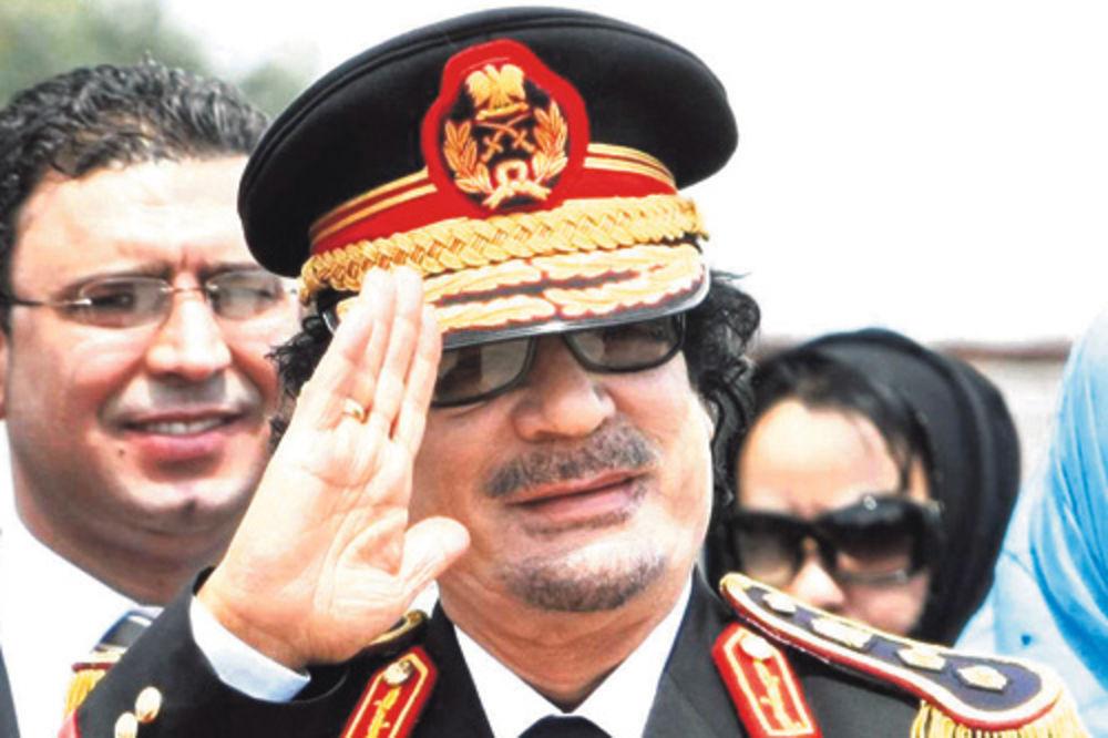 SADA BI GA DIGLI IZ GROBA: Živeo je u šatoru dok poslednji Libijac nije dobio kuću, ovo je bio raj!