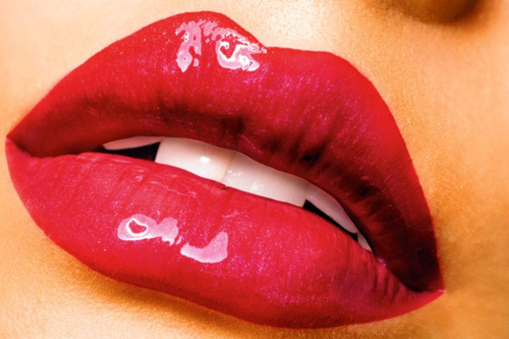 Slast usana - Page 20 Crvene-usne-ruz-1351018540-222472