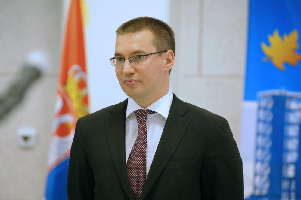 Kravčenko: NIS otpušta više od 200 radnika