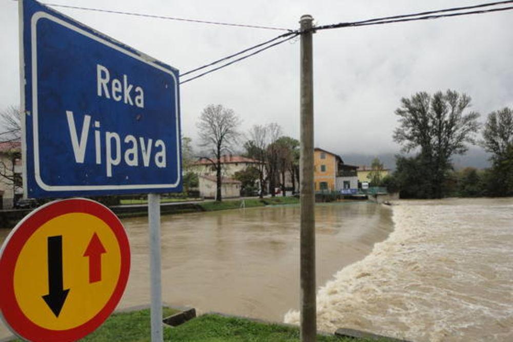 Slovenija, poplave, foto Delo
