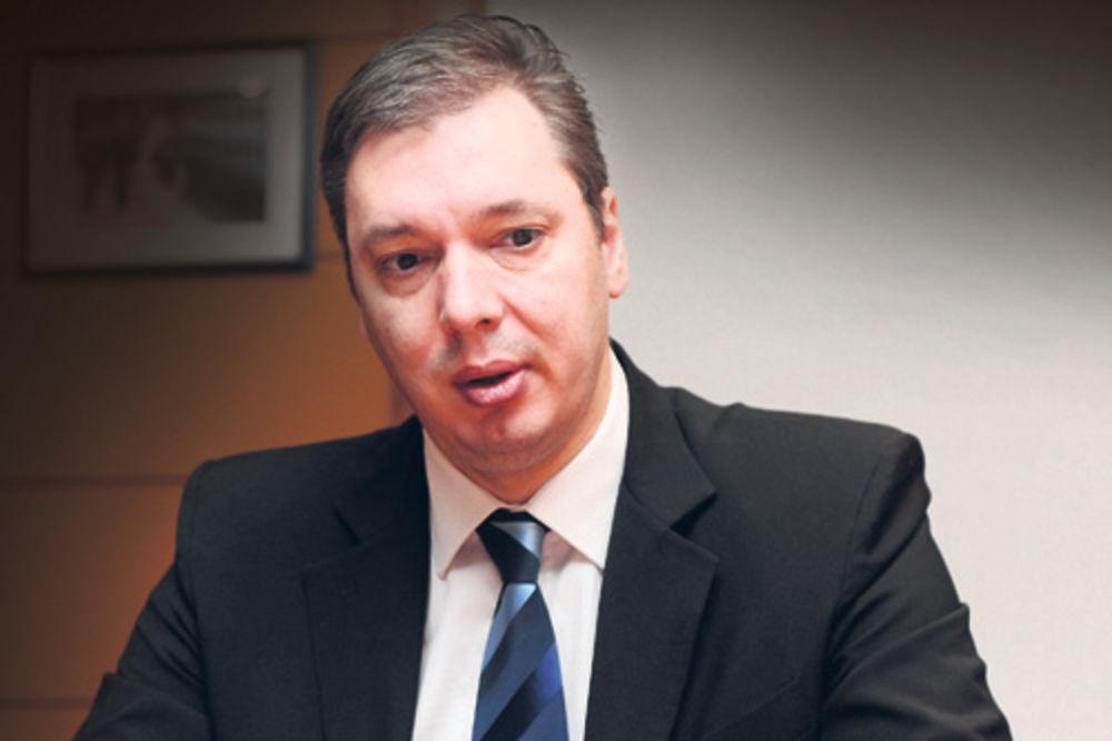 Vučić: Razmišljam o svim opcijama, pa i da se povučem!