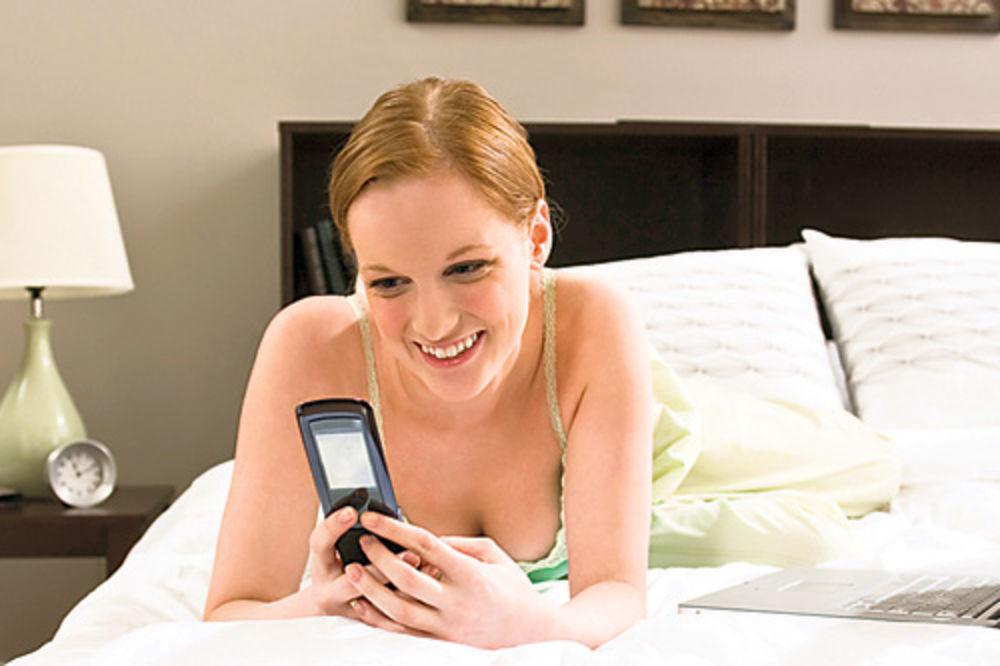 Što sve vole žene, prikaži slikom - Page 16 Muskarci-zene-partneri-seks-krevet-1352754628-229284