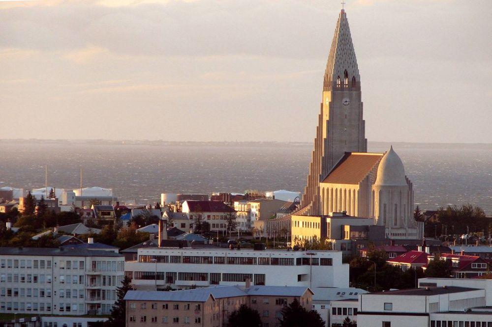 OKREĆU LEĐA TRADICIONALNIM STRANKAMA: Islanđani spremni da povere vlast Piratskoj stranci