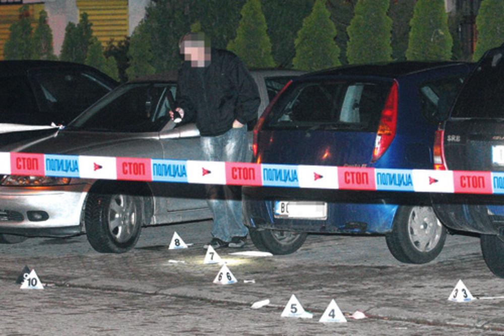 KRV NA ULICI: Izrešetan kad je izlazio iz automobila
