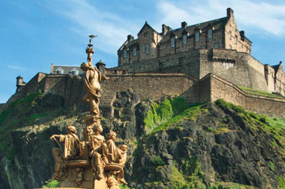 Škotska Edinburg-skotska-putovanje-1353534707-232601