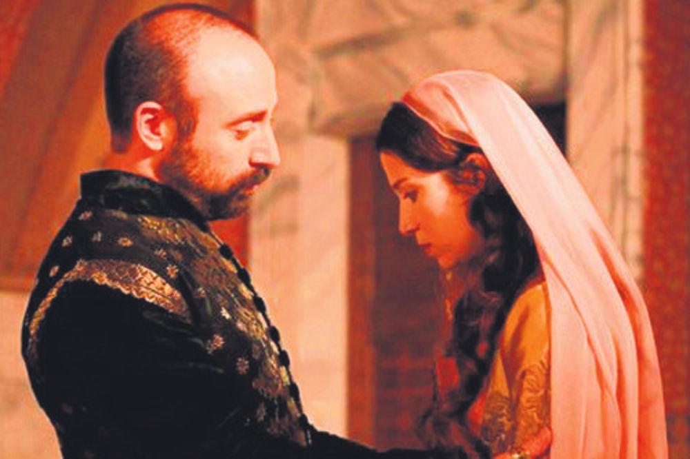 Sulejman teši ucveljenu Hatidže