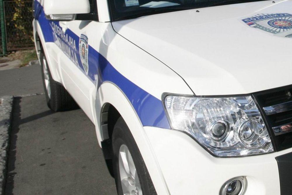 ODUZETE TRI LIMUZINE: Policija otkrila tri automobila sa interpolove poternice
