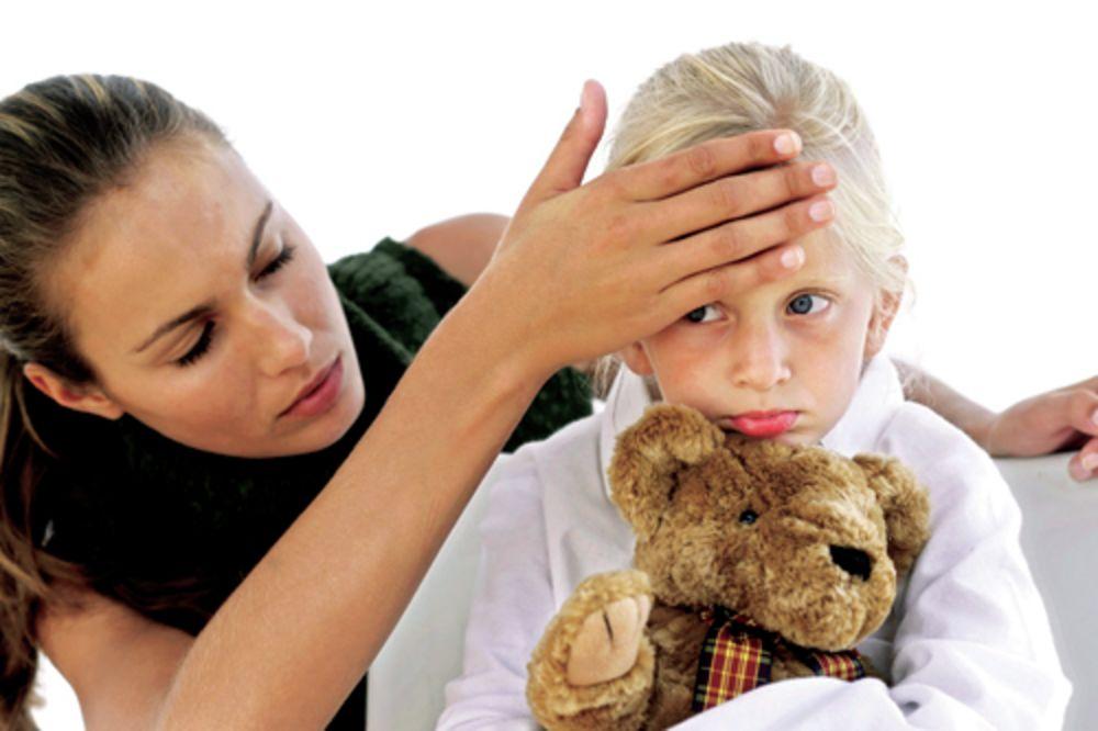 GDE ĆE JOJ DUŠA: Doktorka bolesno dete izbacila iz ordinacije!