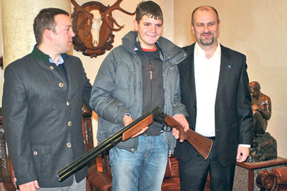 Milija Jelić, Srbijašume, lovac, puška