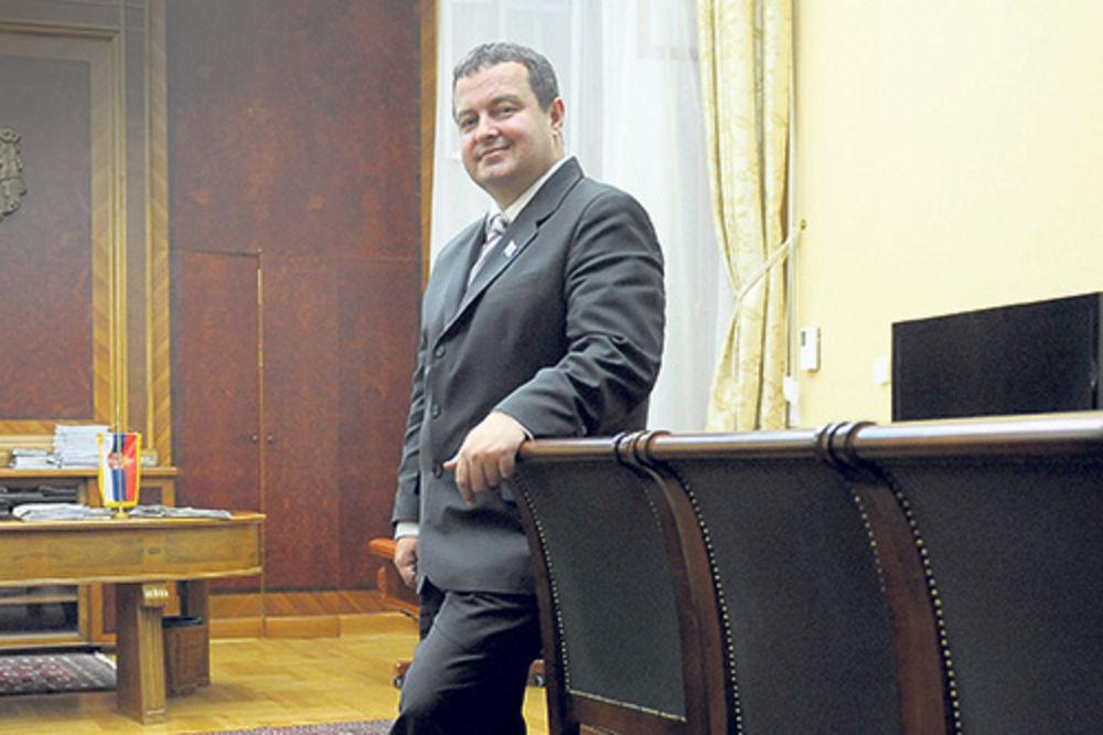 Dačić prvi put u Makedoniji kao šef srpske diplomatije