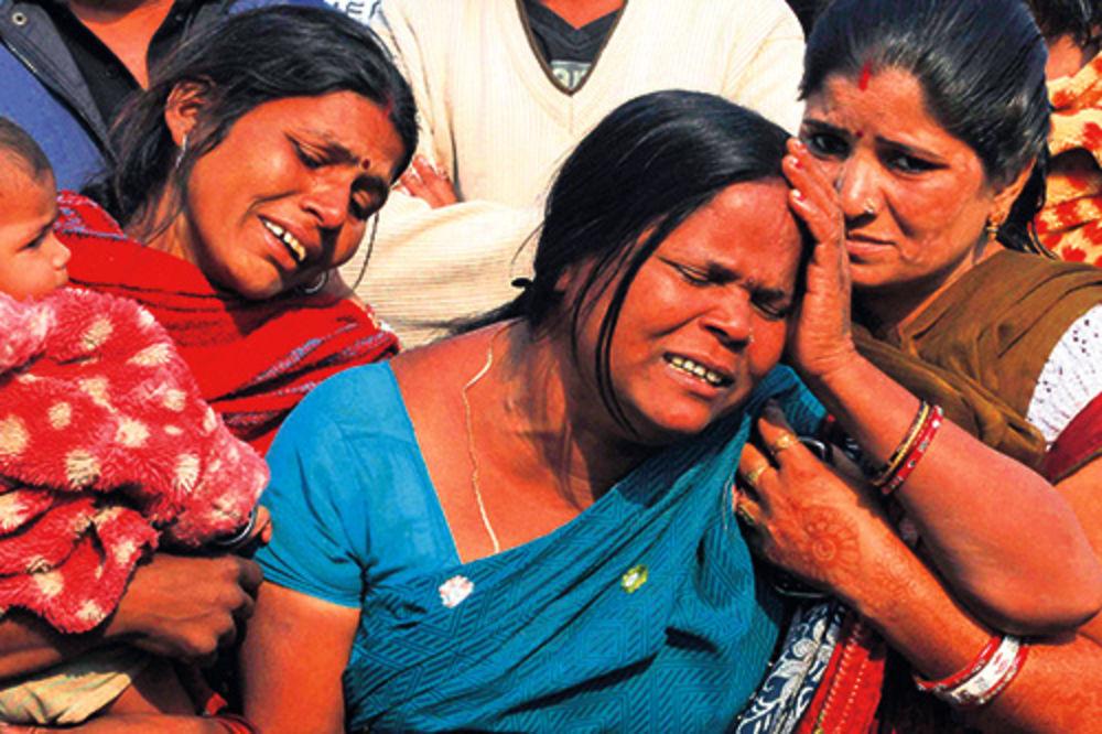 SIŠLI S UMA: Ne jenjavaju silovanja u Indiji