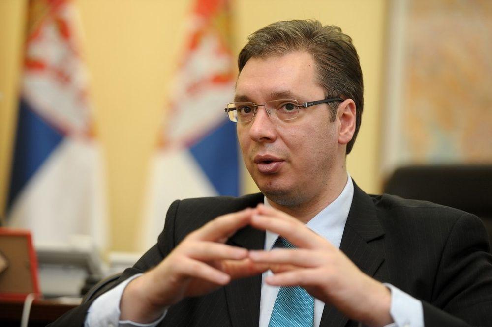 VUČIĆ ZA CNN: Srbija možda jedina na svetu koja ne krivi nikog za problem izbeglica