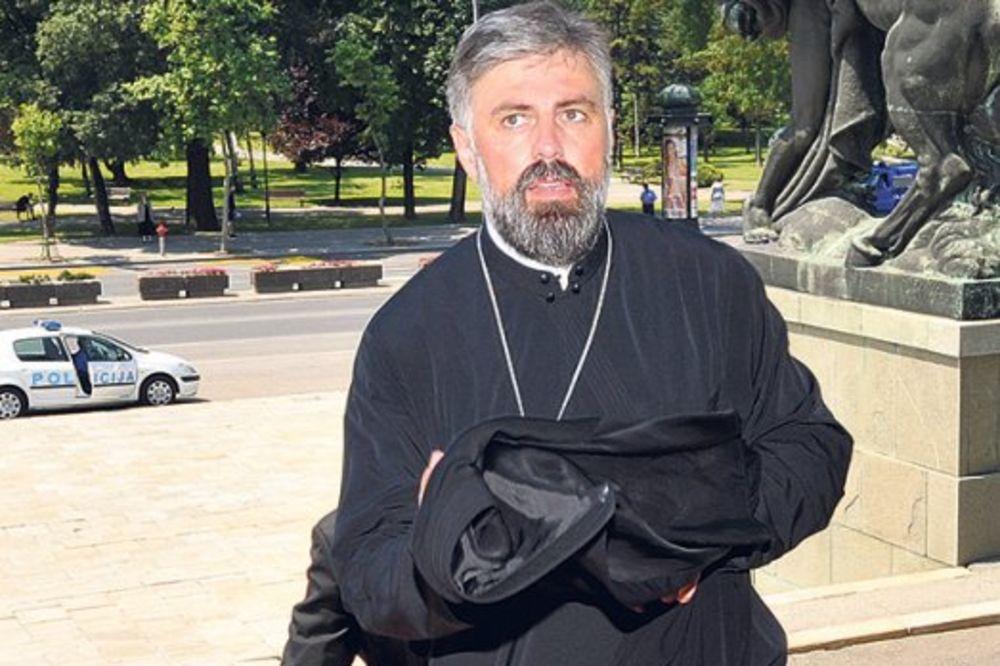 AferaVikiliks, vladika Grigorije, patrijarh Pavle, smena