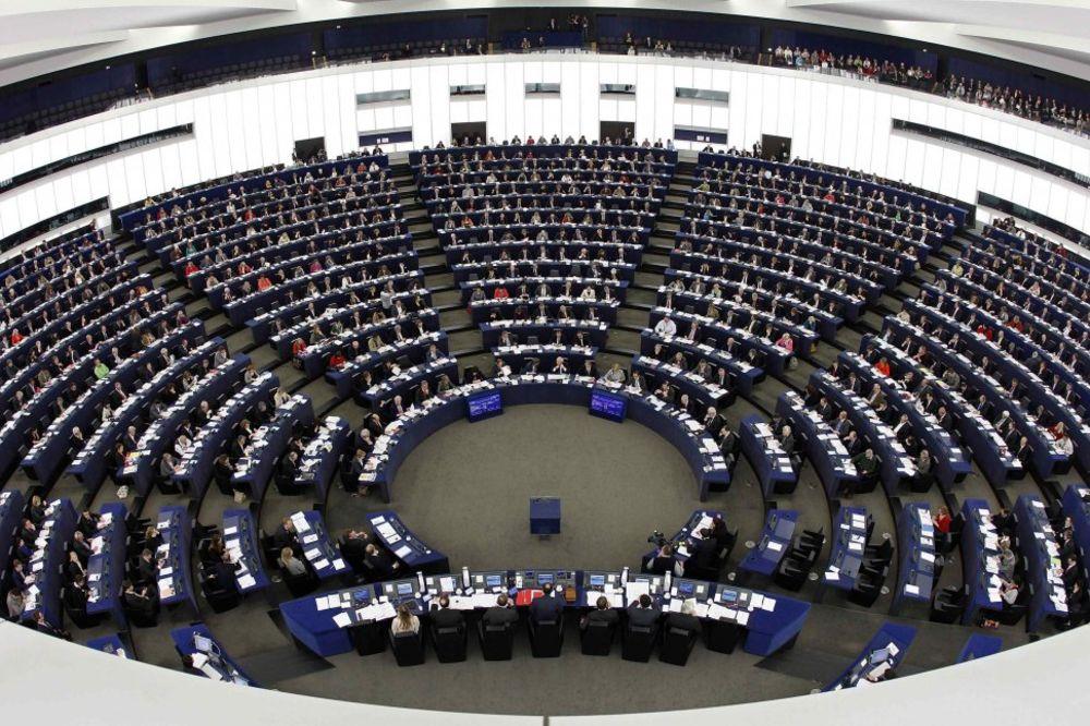 ŽUSTRA RASPRAVA U BRISELU: EU uvela nove sankcije Rusiji, ali najavila da može da ih brzo ukine