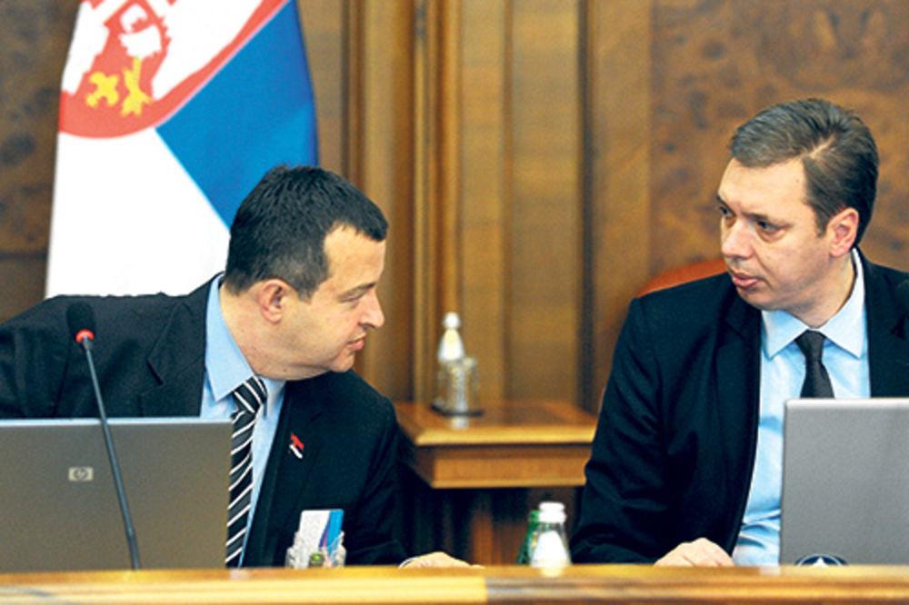 Trišić tvrdi da ds pokušava da sruši vlast Dačića i Vučića