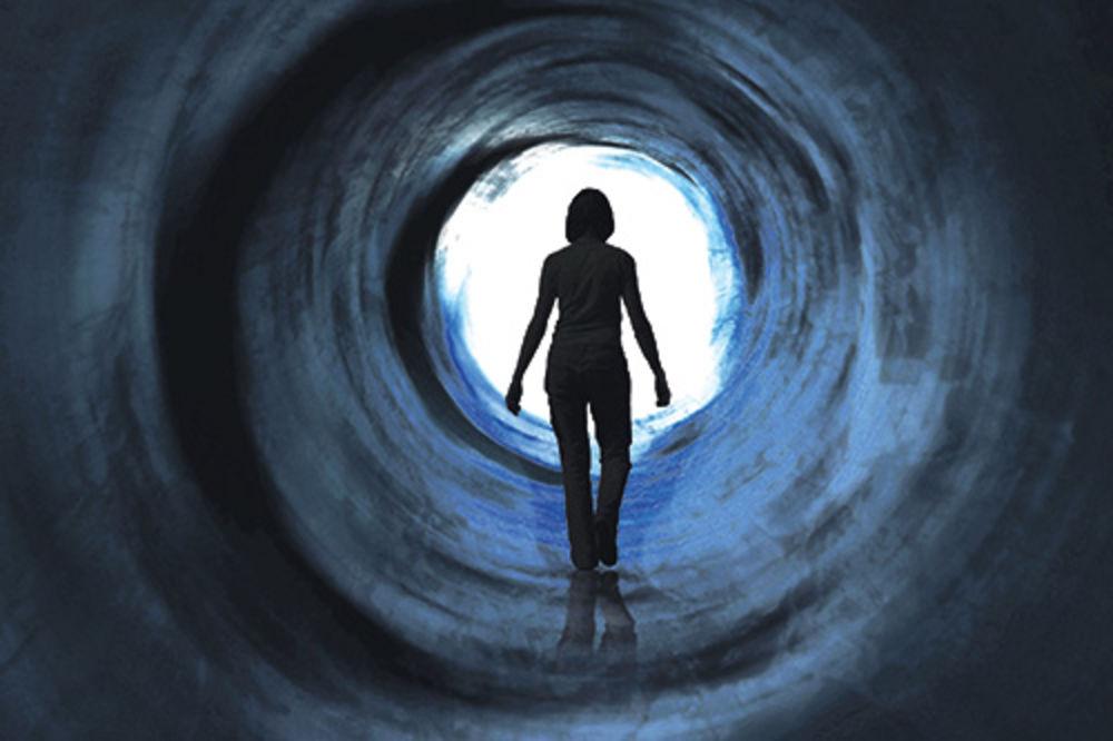 Žena tvrdi da je iz paralelnog sveta Lerina-garsija-probudila-se-paralelni-svet-1360100133-263882