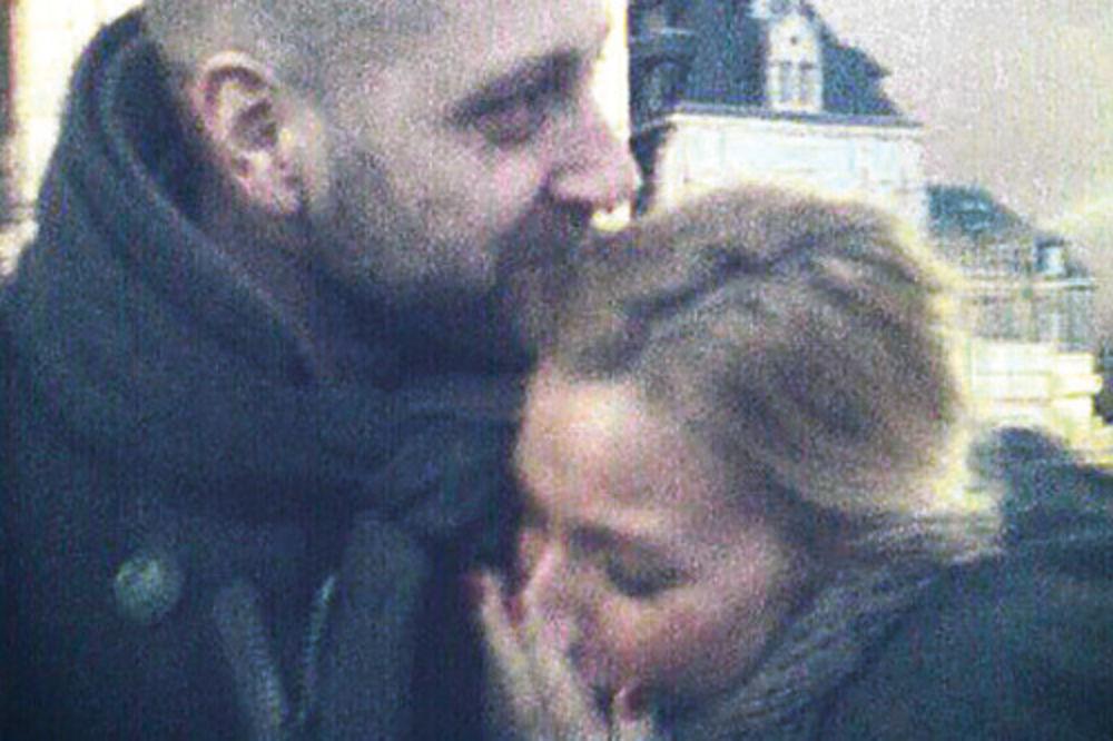 """Bivši muž grli Kristinu čuvenim zagrljajem """"ala mrka"""""""