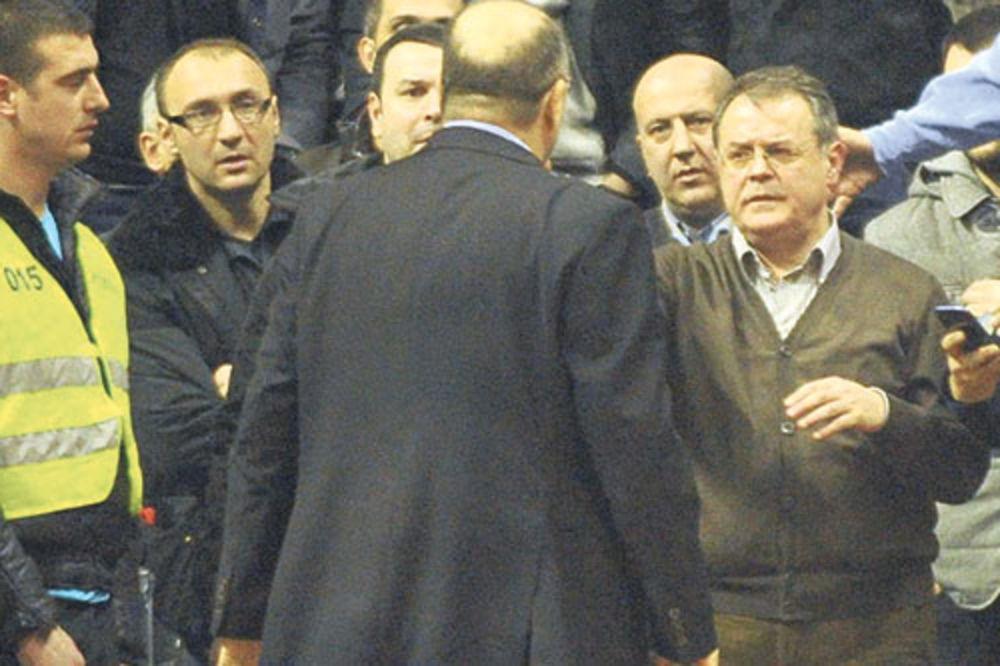VUJOŠEVIĆ: Nakupilo se ološa koji poziva na sukob Čovića i mene