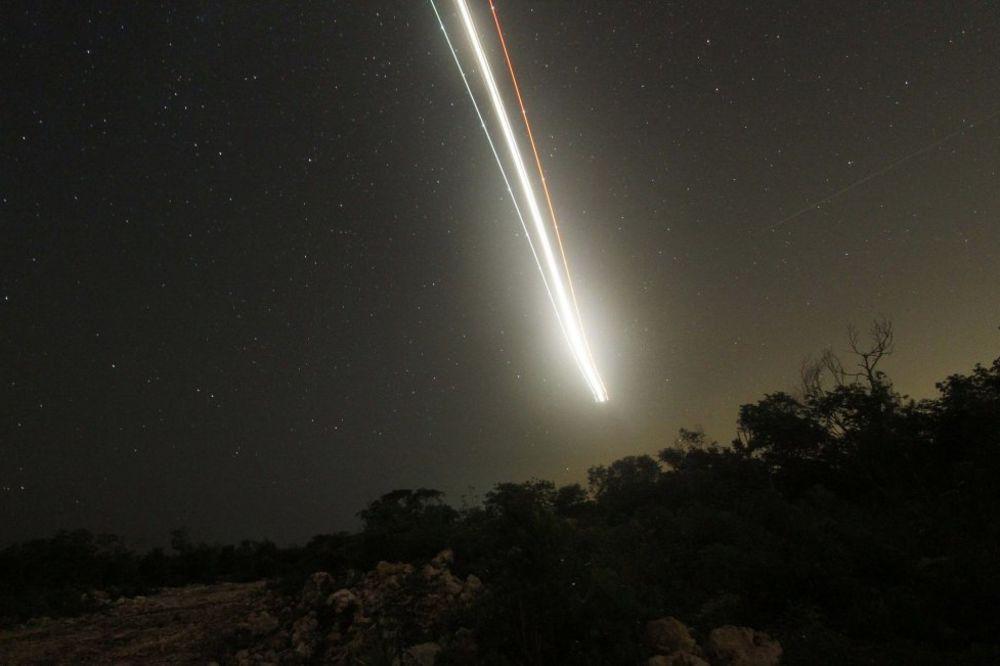meteor, meteorit, rojters