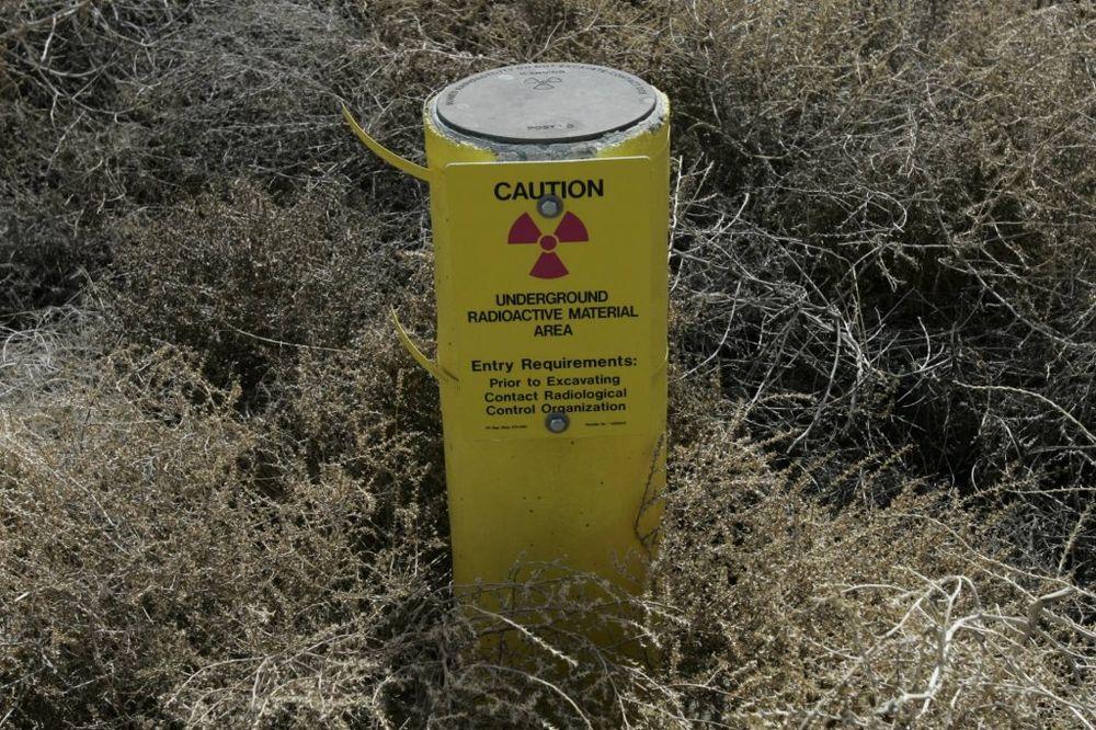 SAOBRAĆAJKA KOD MODRIČE: Vozač vozila poginuo u sudaru s kamionom sa radioaktivnom materijom