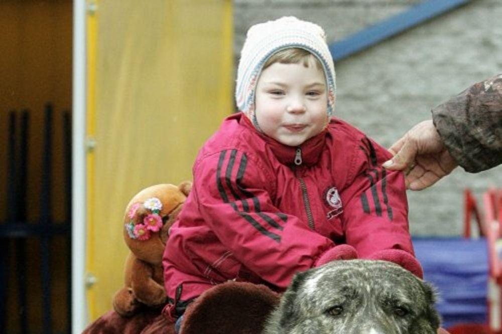 Ruska terapija za cerebralnu paralizu uz pomoć životinja