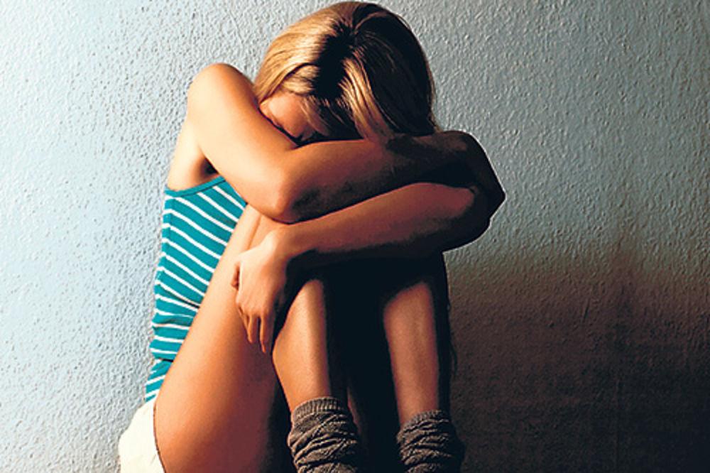 Bačka Topola: Sa trojicom drugara silovao bivšu devojku (17)