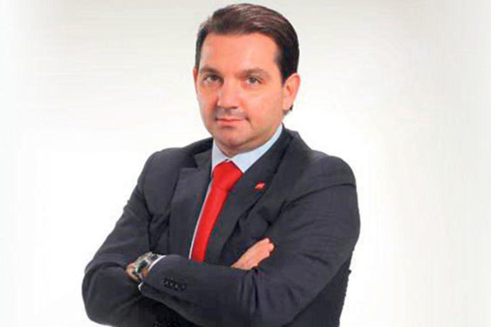 SUVI GENIJE: Potpredsednik Skupštine Vladimir Marinković završio doktorske studije za 11 meseci!
