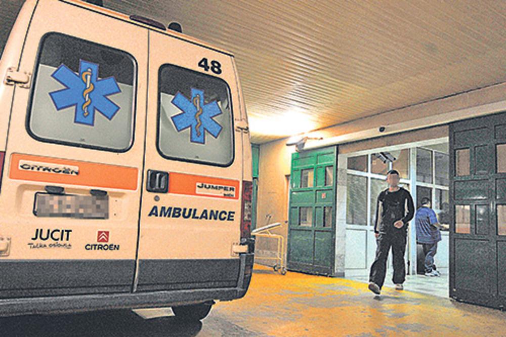 SUDAR KOMBIJA I AUTOMOBILA: 5 osoba povređeno na putu ka Grockoj