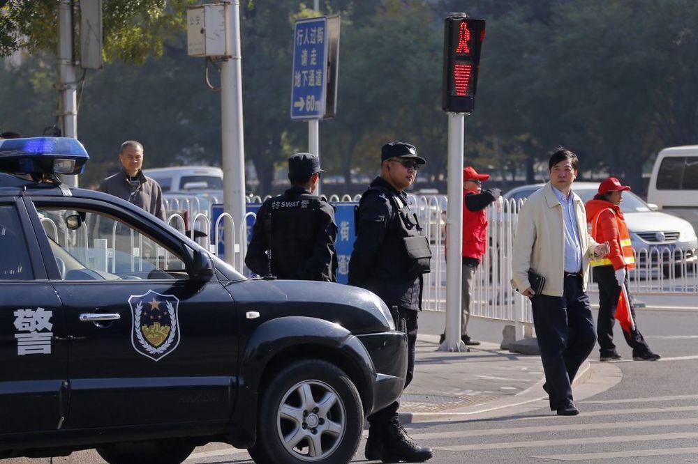 kineska policija, foto rojters