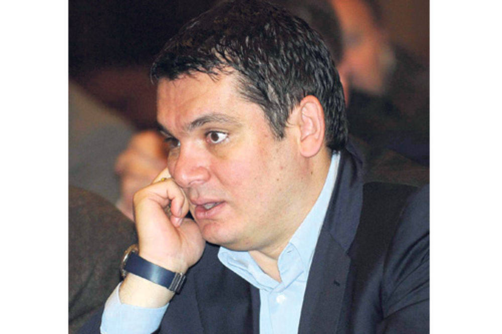 Dušan Elezović ugovarao kredit za DS