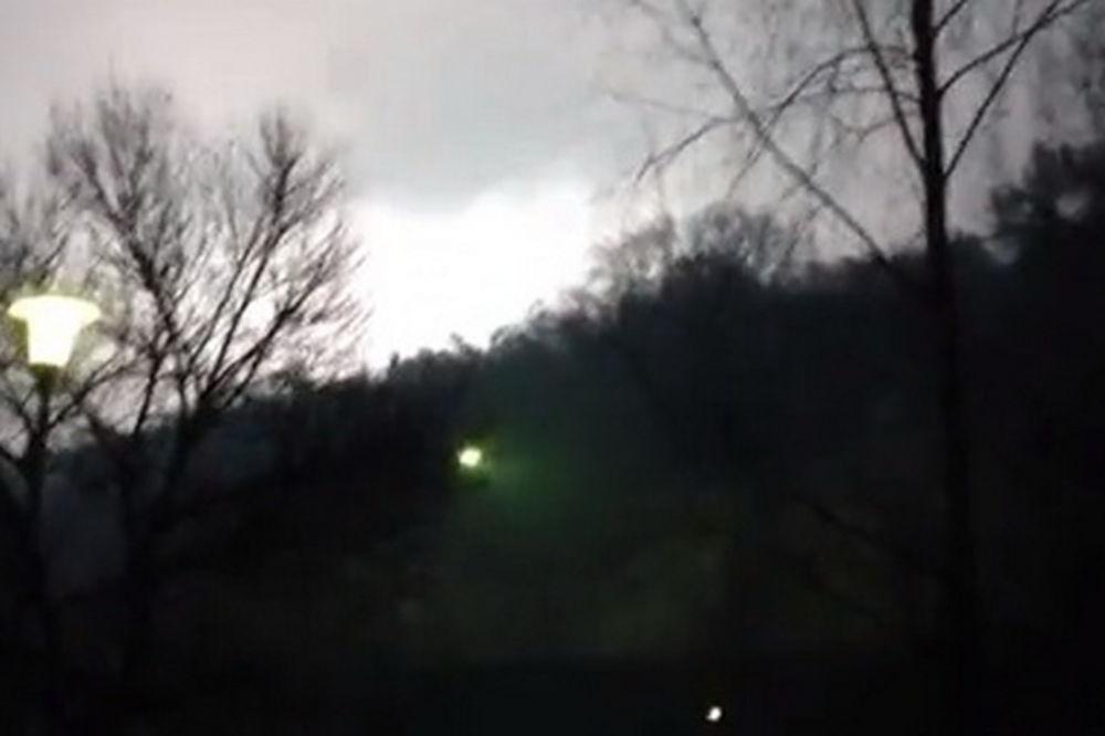 misteriozna svetlost, konjic