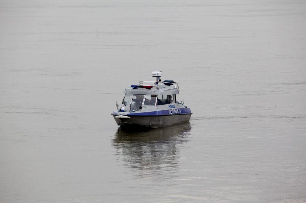 IZMEĐU BATAJNICE I ZEMUNA: Na Dunavu pronađen leš muškarca