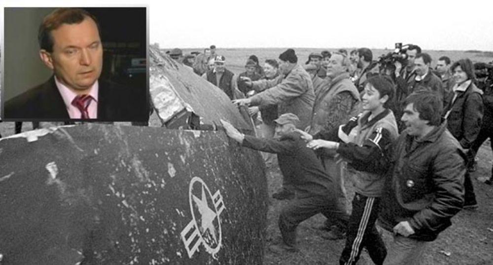 20 godina zločina alijanse PILOT F 117 PRIZNAO NAJVEĆU TAJNU! Na monstruozan način NATO je lagao svoje vojnike i motivisao ih da bombarduju Srbe i BRANE TERORISTE OVK! Zelko se poverio Zoltanu Daniju: Čini mi se da su nas prevarili 110