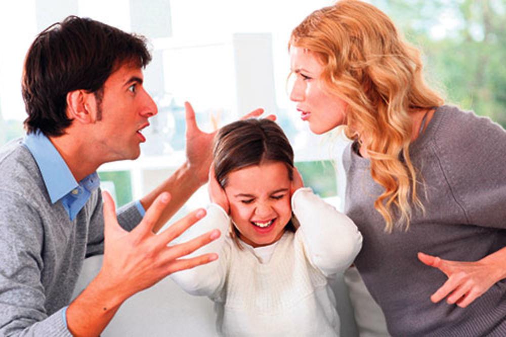 SVE ZAPISANO U DNK: Roditelji deci genetski prenose loše navike!