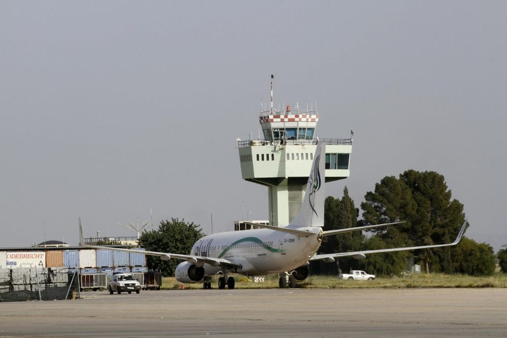RAT ZA AERODROM TRIPOLI: Poginulo 47 ljudi, oštećen veliki broj aviona
