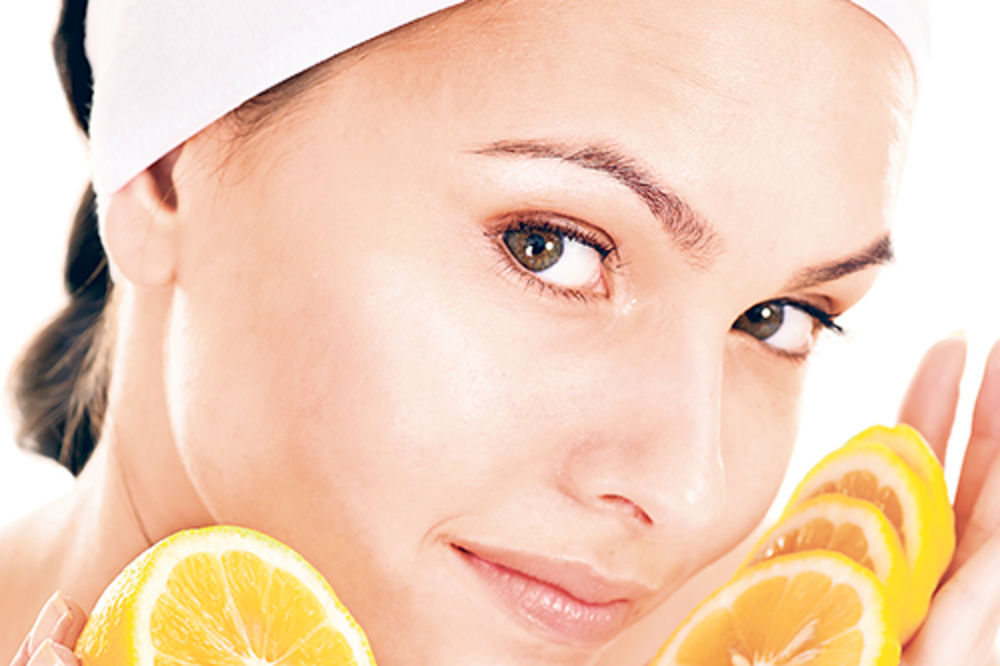 Namirnice koje nas čine starijim Limun-kozmetika-lepota-koza-1366790009-301617