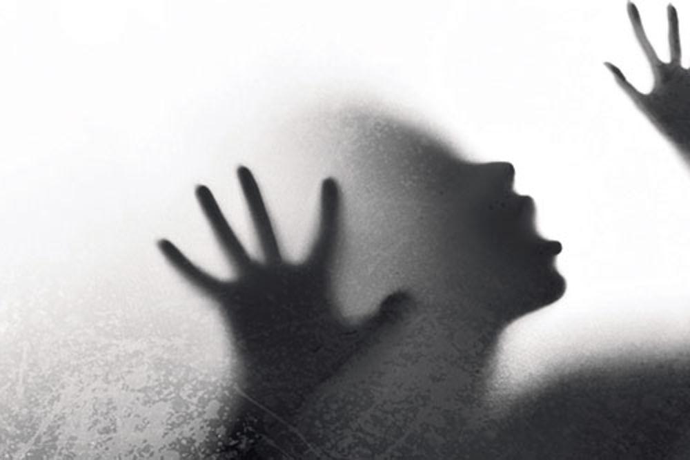 ZASTRAŠUJUĆE: Pedofil beskućnik zlostavljao decu!